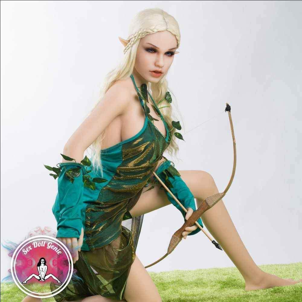 Lyniel (Elf) fantasy doll